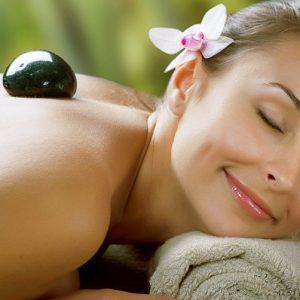 Pacchetto stone therapy o Ayurveda massage